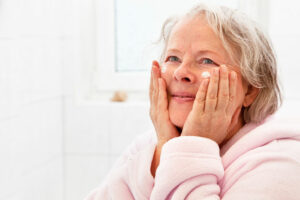 in home care Kansas City MO - care for aging skin